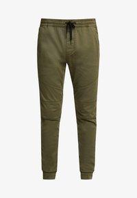 Hollister Co. - JOGGER  - Pantalones deportivos - olive - 4