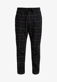 Hollister Co. - PLAID - Trousers - khaki/black - 4