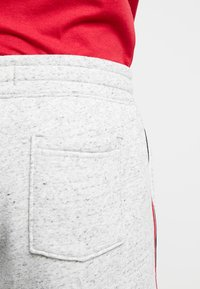 Hollister Co. - LOGO SHORT - Pantalon de survêtement - grey - 3