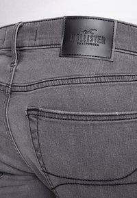 Hollister Co. - CLEAN - Jeans Skinny Fit - grey - 4