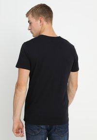 Hollister Co. - CREW CHAIN 3 PACK - Basic T-shirt - black - 2
