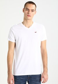 Hollister Co. - 3 PACK - T-shirt - bas - white grey navy - 1