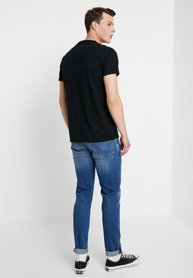 Hollister Tech Black CoIconic LogoT shirt Imprimé hdtQrCxs