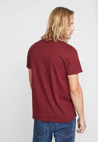Hollister Co. - 3 PACK  - Print T-shirt - white/burgundy/navy - 2