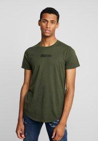 Hollister Co. - SCRUNCH BOX LOGO - Camiseta estampada - green - 0