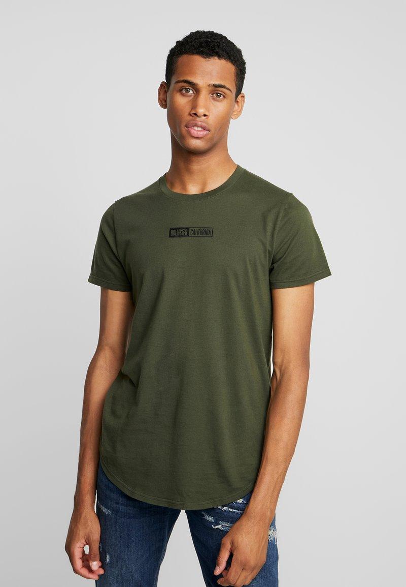 Hollister Co. - SCRUNCH BOX LOGO - Camiseta estampada - green