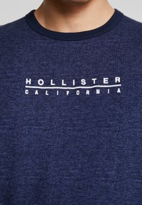 Hollister Co. - PRINT LOGO - Camiseta estampada - blue - 5