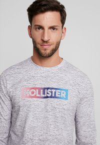 Hollister Co. - JUNE OMBRE SLEEVE HIT - Bluzka z długim rękawem - grey - 3