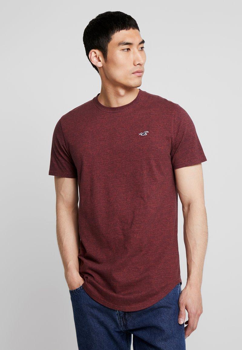 Hollister Co. - CURVED HEM - Basic T-shirt - burg
