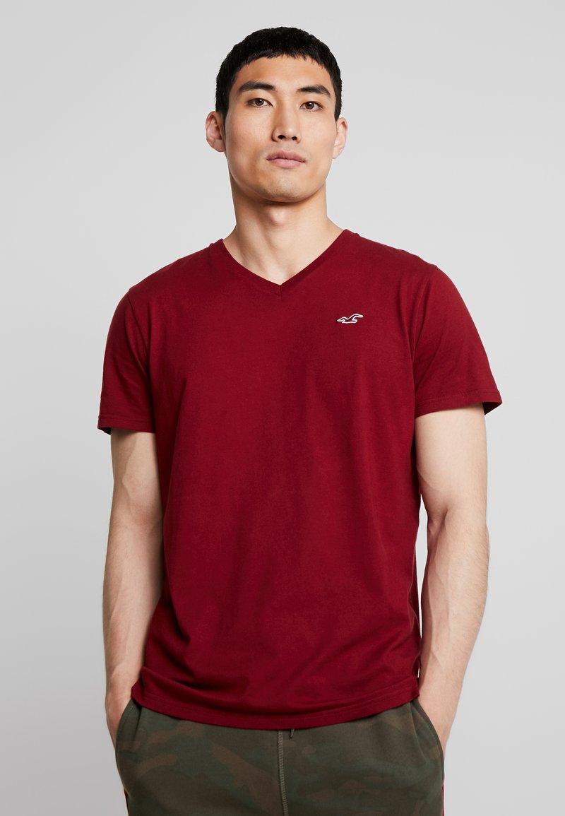 Hollister Co. - ICON VARIETY  - Basic T-shirt - bordeaux