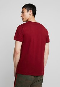 Hollister Co. - ICON VARIETY  - Basic T-shirt - bordeaux - 2