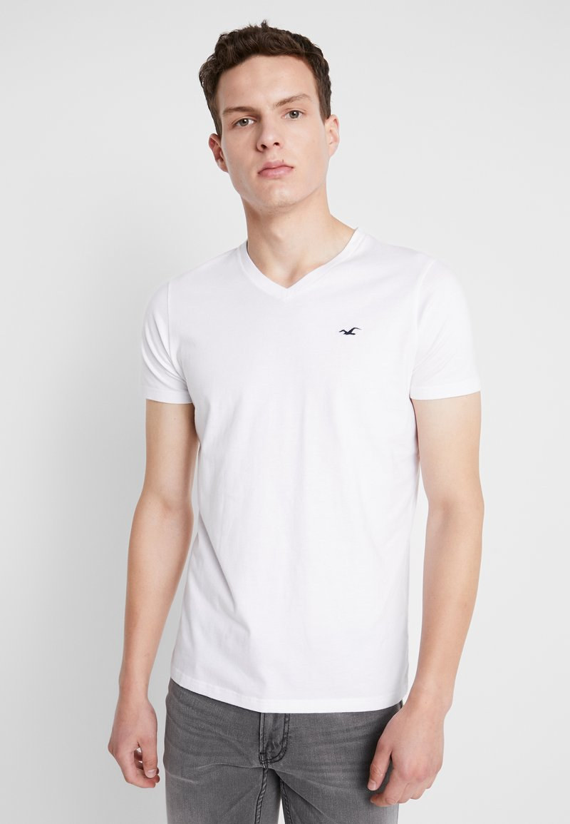 Hollister Co. - MUSCLE FIT VNECK - Basic T-shirt - white