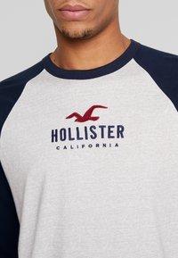 Hollister Co. - TECH LOGO - Long sleeved top - grey/navy - 4