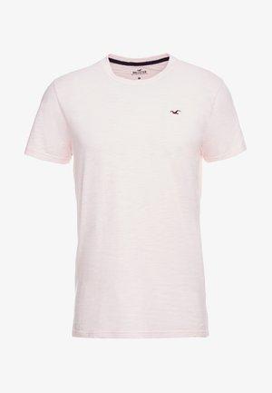 CREW - Jednoduché triko - pink
