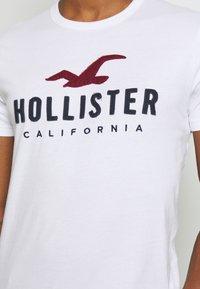 Hollister Co. - CORE  - T-shirt imprimé - white - 5