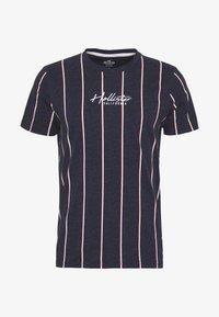 Hollister Co. - TECH LOGO STRIPES - Camiseta estampada - navy - 4