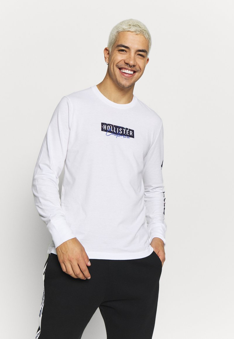 Hollister Co. - LARGE SCALE TECH LOGO  - Long sleeved top - white