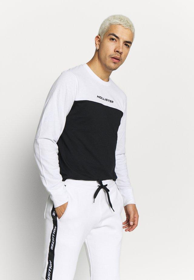 COLORBLOCK SPORT LOGO - Pitkähihainen paita - white/black