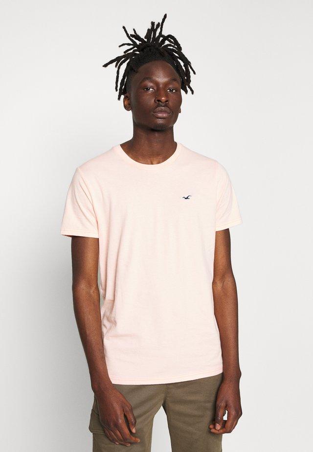 CREW SPACE DYE - T-shirt - bas - peach