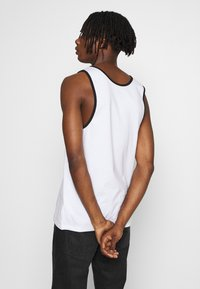 Hollister Co. - SOLID TANKS - Top - white - 2