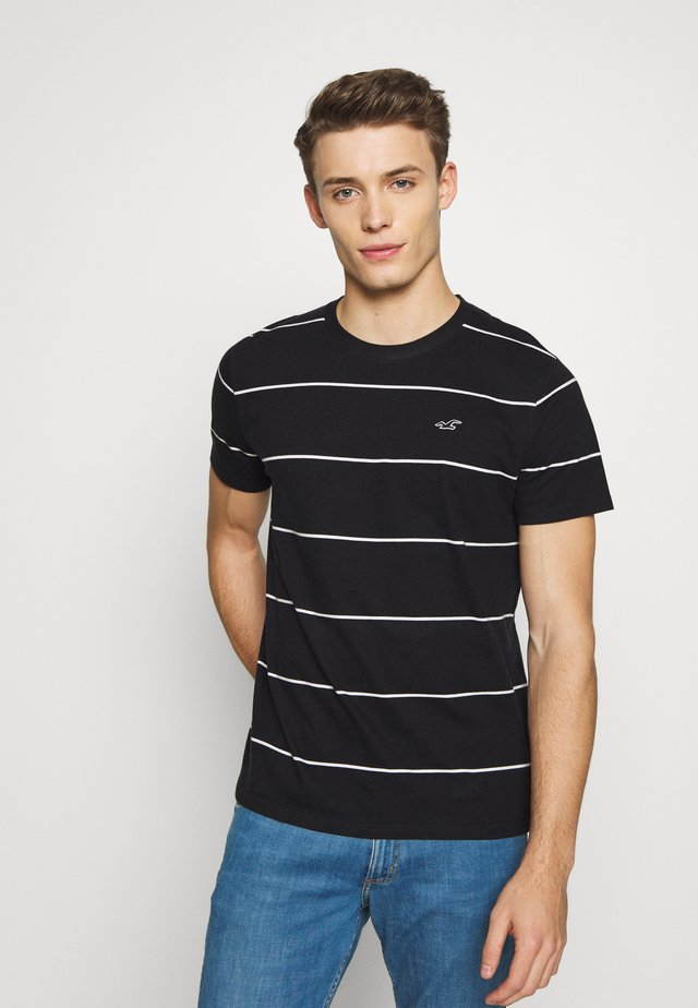 STRIPE CREW - T-shirt med print - black