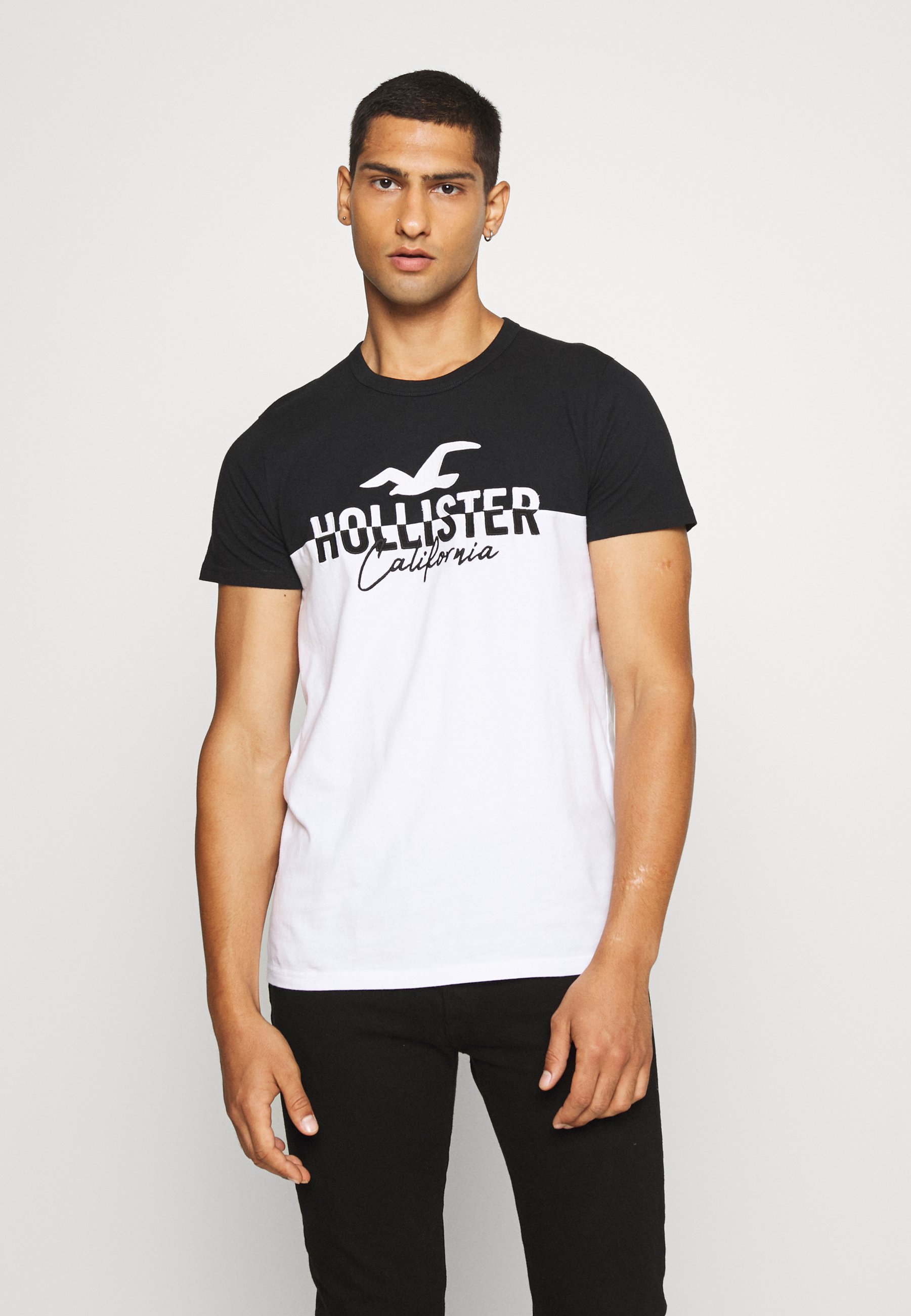 Hollister Co. TECH LOGO SPLICING T shirt imprimé black