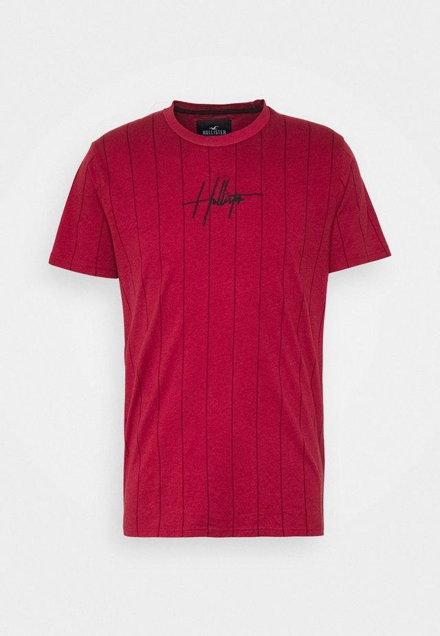 SCRIPT LOGO  - Print T-shirt - red