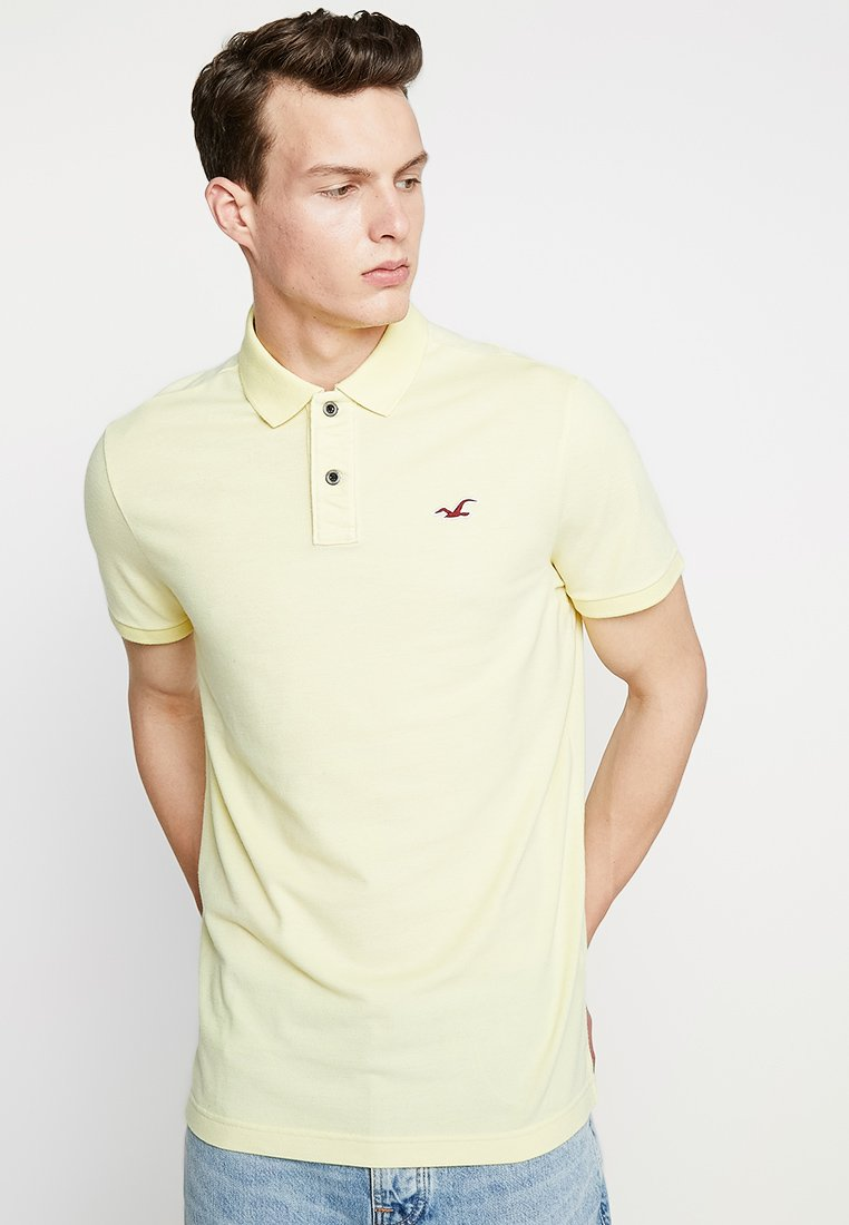Hollister Co. - HERITAGE MUSCLE SOLID - Polo - yellow