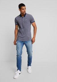 Hollister Co. - MODERN COLLAR  SOLID  - Polo shirt - textural navy - 1