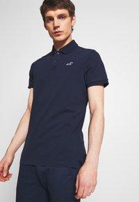 Hollister Co. - 3Pack - Polo shirt - white navy black multi - 1