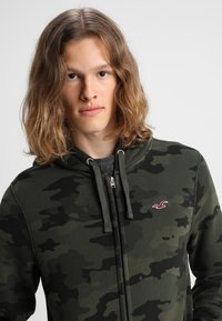 Hollister Co. - ICON - veste en sweat zippée - olive - 3