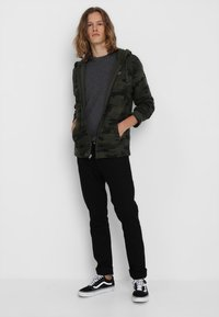 Hollister Co. - ICON - veste en sweat zippée - olive - 1