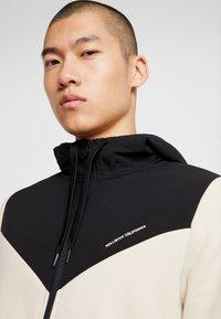 Hollister Co. - TOPPED - veste en sweat zippée - tan - 5