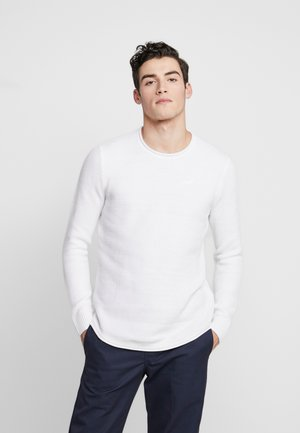 SOLID CURVE HEM CREW  - Sweter - white