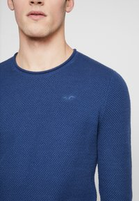 Hollister Co. - SCRUNCH CURVE HEM CREW - Svetr - solid navy - 5