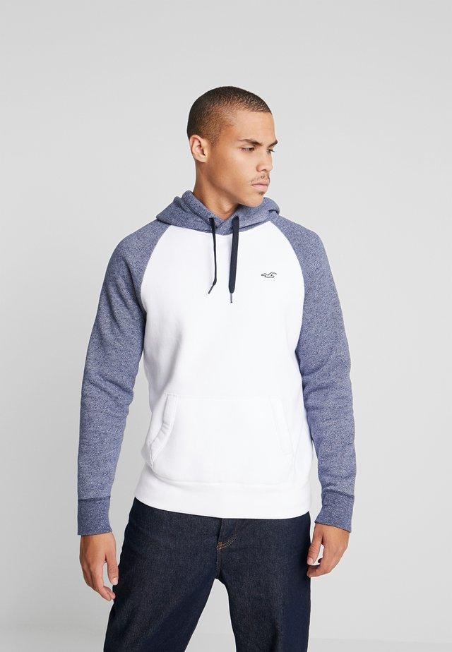 RAGLAN BLOCKING - Jersey con capucha - white/navy