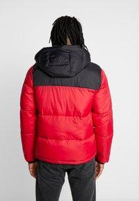 Hollister Co. - PUFFER HOOD  - Winter jacket - red - 2