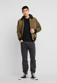 Hollister Co. - Bomberjacks - olive - 1
