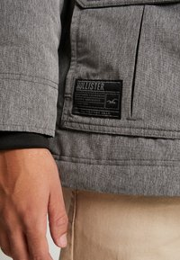 Hollister Co. - Parka - cationic grey print - 5