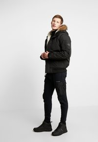 Hollister Co. - Veste mi-saison - black - 1