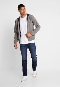 Hollister Co. - Cortaviento - grey - 1