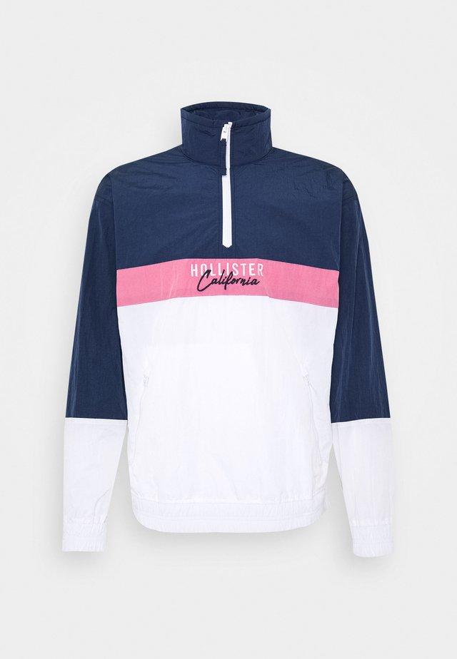 ASIA CRINKLE ANORAK UPDATE - Chaqueta fina - navy/pink/white tri block