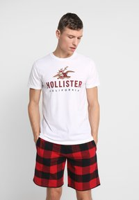 Hollister Co. - SHORT GIFTSET - Pyjama - red/black - 0