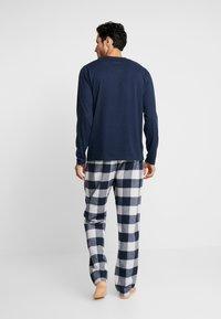 Hollister Co. - CLASSIC PANT GIFTSET - Pijama - navy/grey - 2