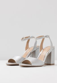Head over Heels by Dune - MARIAAH - Sandali con tacco - silver - 4