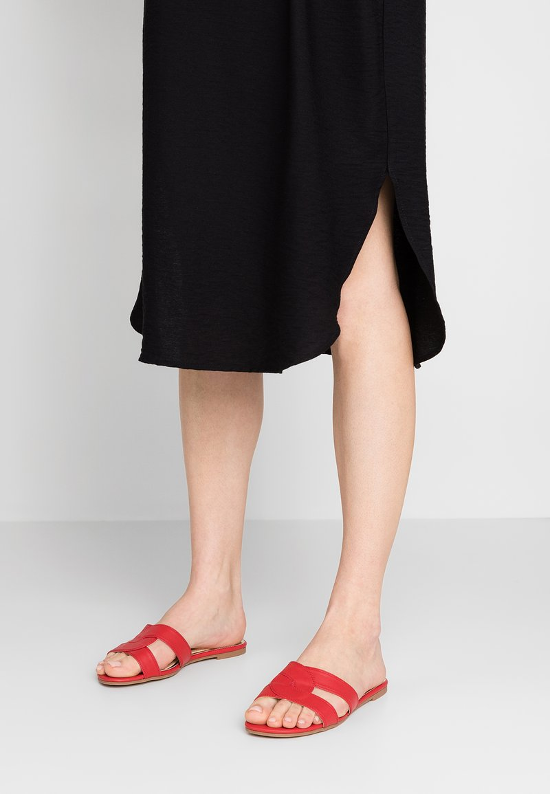 Head over Heels by Dune - LUCIEN - Mules - red