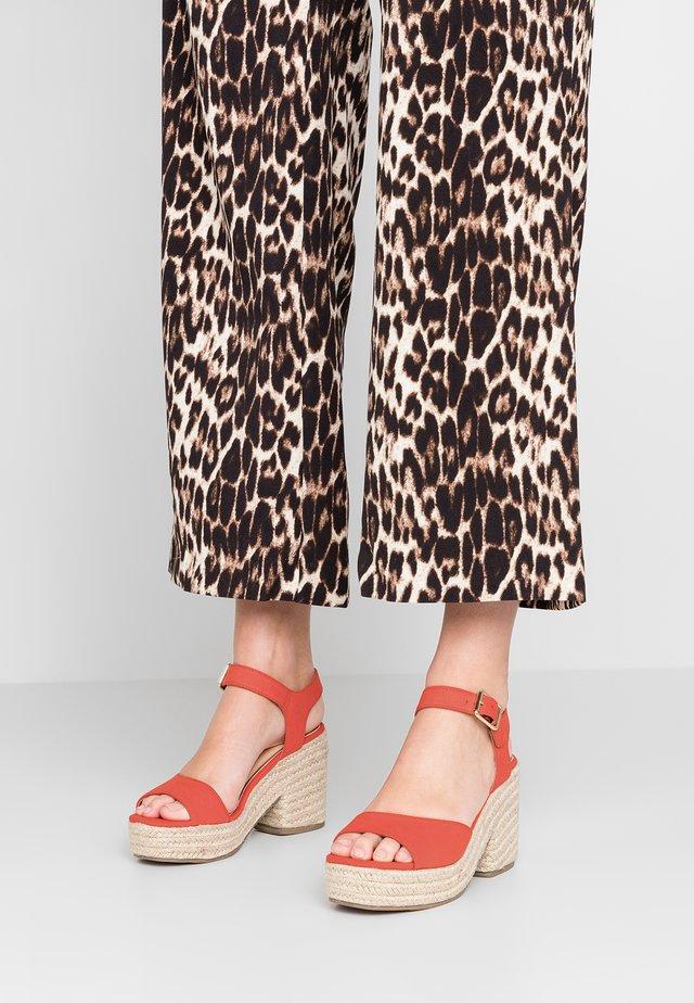 KACE - High Heel Sandalette - red