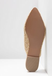 Head over Heels by Dune - HARRLOW - Mules - natural - 6