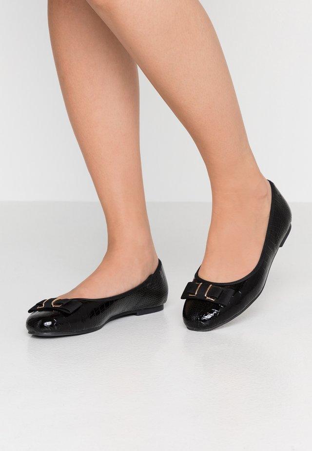 HYRIA - Ballerinaskor - black