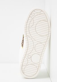 Head over Heels by Dune - ELIAN - Tenisky - white - 6